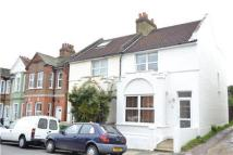 2 bedroom semi detached property to rent in York Road...