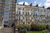 2 bed Flat in First Floor ...