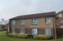 Flat to rent in Kenwood Court...