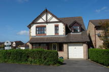 Detached property in 53 Kingsmead Drive...