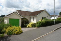 Detached Bungalow to rent in 2 Rosemoor Road...