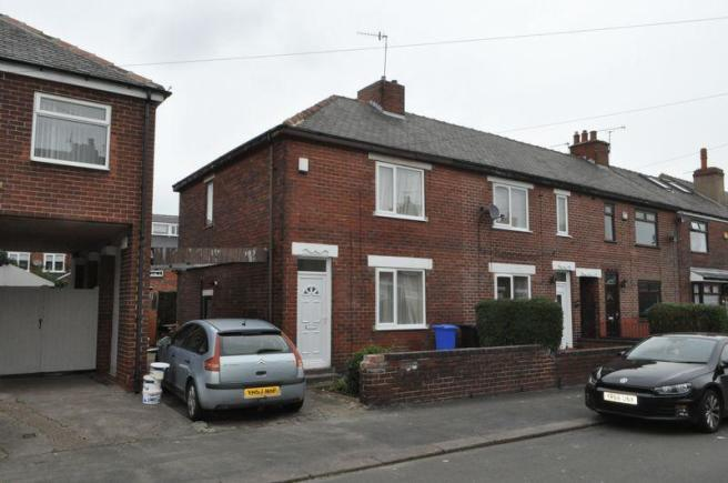 2 bedroom end of terrace house to rent in dovercourt road for Terrace house season 2