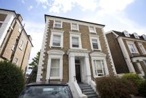2 bed Flat to rent in Mount Ephraim Road...