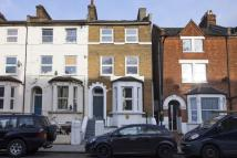 2 bed Flat to rent in Ellison Road, London...