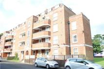 Flat to rent in Hatfeild Mead, MORDEN...