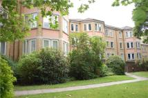 Flat to rent in Tennyson Lodge, Oxford...