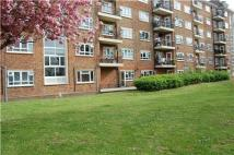 Flat in Horne Way, LONDON, SW15