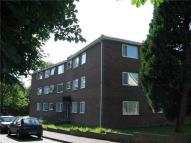 Flat in Woodlands Road, Redhill...