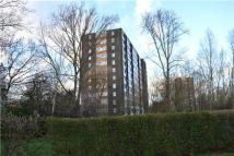 2 bedroom Flat to rent in Slewins Lane, Hornchurch