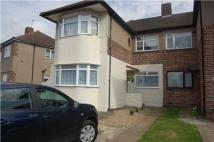 2 bed Maisonette to rent in COLLIER ROW