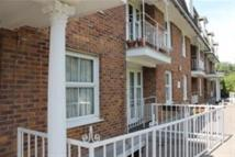 Flat to rent in MAYFLOWER COURT, ONGAR
