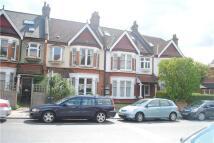 2 bedroom Flat in Tooting Bec Gardens...