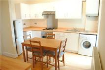 2 bed Flat to rent in Danbrook Road, Streatham...