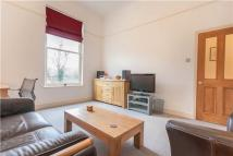 Flat to rent in Leigham Avenue...