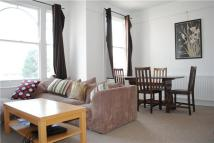 Flat to rent in Fernthorpe Road, London...