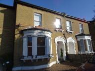 1 bedroom Flat in 172 Beckenham Road...