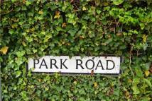 Flat to rent in Park Road, TN4 9JN