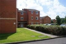 2 bed Flat in New Road, MITCHAM...