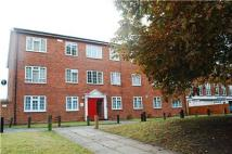 1 bedroom Flat to rent in Bucklers Way, CARSHALTON...