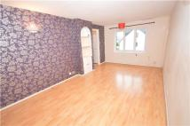 2 bedroom Flat to rent in Vellum Drive, CARSHALTON...