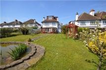 Detached home in Redford Avenue...