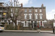 4 bedroom Flat in Oseney Crescent...