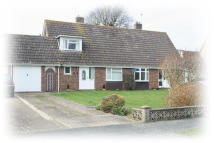 2 bedroom Chalet in Meadow Way, Westergate...