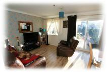 3 bedroom Terraced property in Farnhurst Road, Barnham...