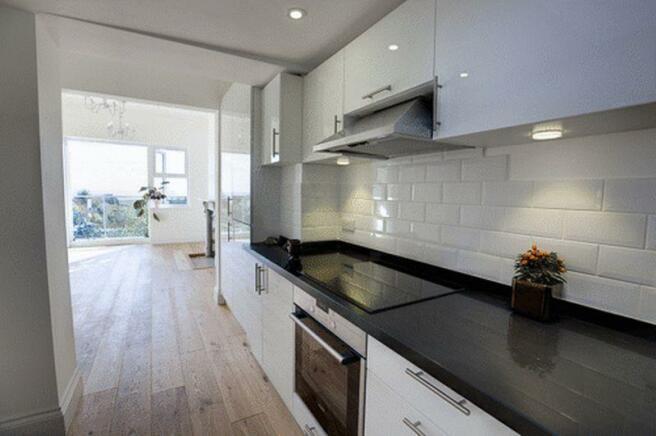 Kitchen to Lou...