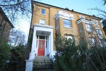Flat to rent in Granville Park, SE13