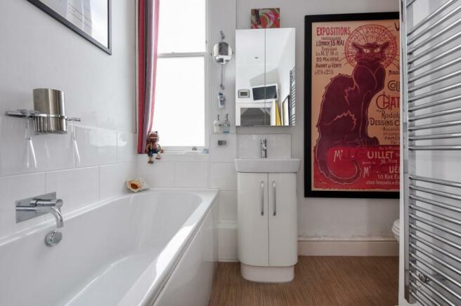 bathroom shot 2
