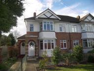 2 bedroom Maisonette in Speer Road, Thames Ditton