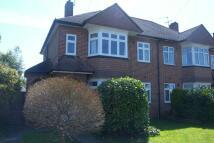 Maisonette to rent in Speer Road, Thames Ditton
