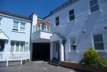 Apartment in Giggs Hill Road...