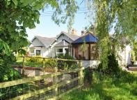 Detached Bungalow for sale in Silverton, Near Exeter
