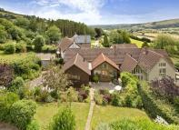 4 bed semi detached home for sale in Silverton, Exeter
