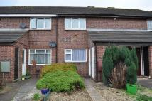 Flat to rent in Corn Mill Crescent...