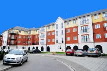 Apartment to rent in Pettacre Close...