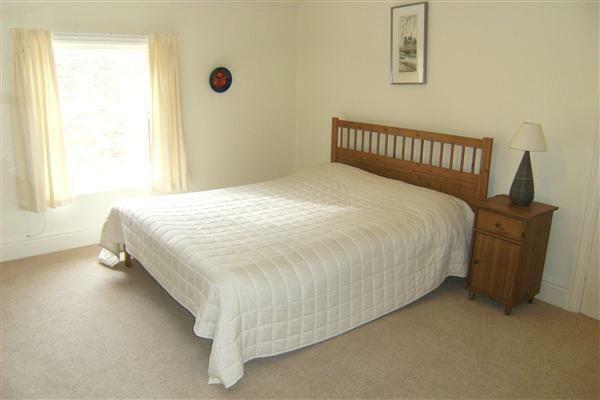 Bedroom (average