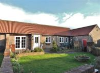 3 bedroom Bungalow in Church Cliff Farm, Filey