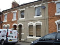 Terraced home to rent in St. Pauls Road...