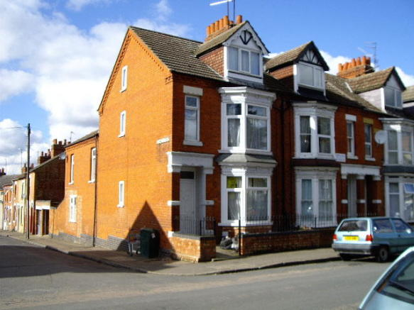 6 Bedroom Town House To Rent In Northampton Nn2