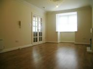 Apartment in Gibside Court...