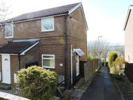 2 bed Flat in Ravenscar Close...
