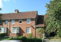 3 bed Flat to rent in Chiltern Gardens...