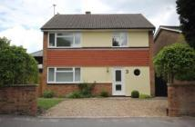 3 bed Detached property in Green Drift, Royston