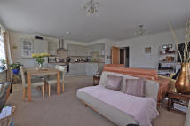2 bed Apartment for sale in Ashtead Village