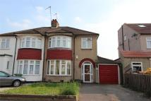 3 bedroom semi detached house in 15 Hawthorn Drive...