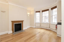 Flat to rent in George Street, London