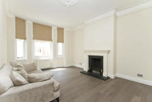 3 bed Flat to rent in Great Portland Street...